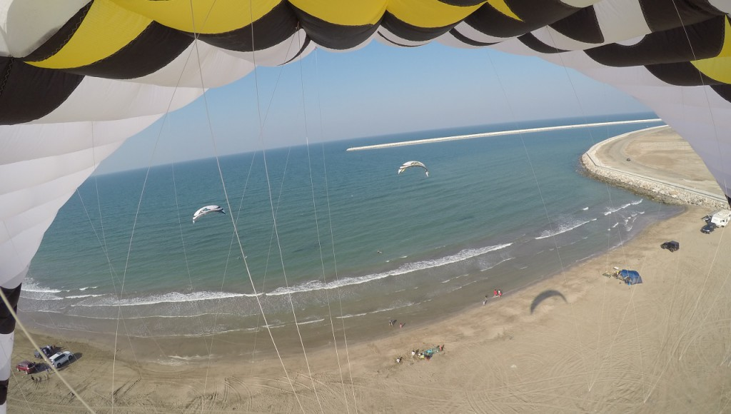 Birds' eye of Kiteaction at Muscat Kitebeach at al Hail, next to The Wave. Best Spot in Town